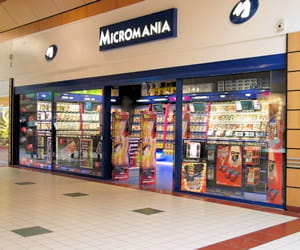 un magasin micromania.