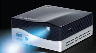 le gigabyte brix projector  i3-4010