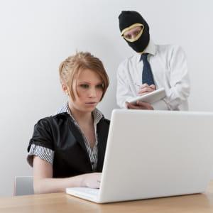 votre supérieur peut faire preuve d'indélicatesse avec votre travail.