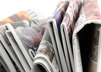le journal papier est menacé par l'arrivée des tablettes tactiles.