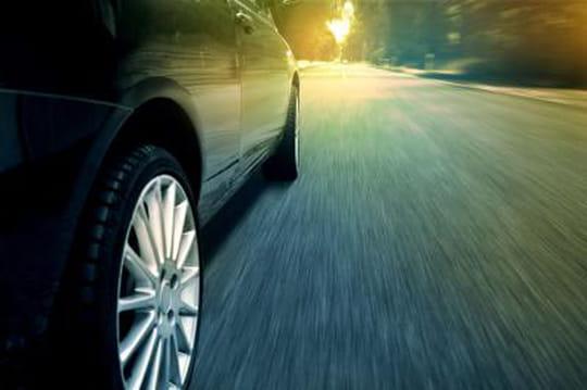 Le ministre des Transports va connecter routes et véhicules
