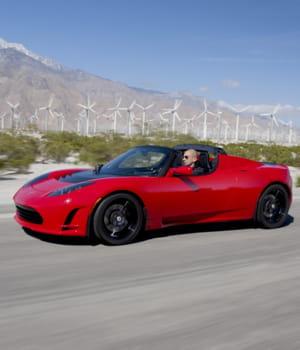 tesla motors a sorti cette année un nouveau modèle de véhicule. cette berline