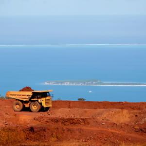 eramet exploite 5 centres miniers de nickel en nouvelle calédonie.