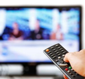 avec la tnt, la plupart des téléspectateurs sont passés de 5 à 18 chaînes