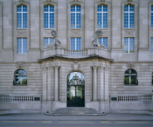 le siège de swiss re.