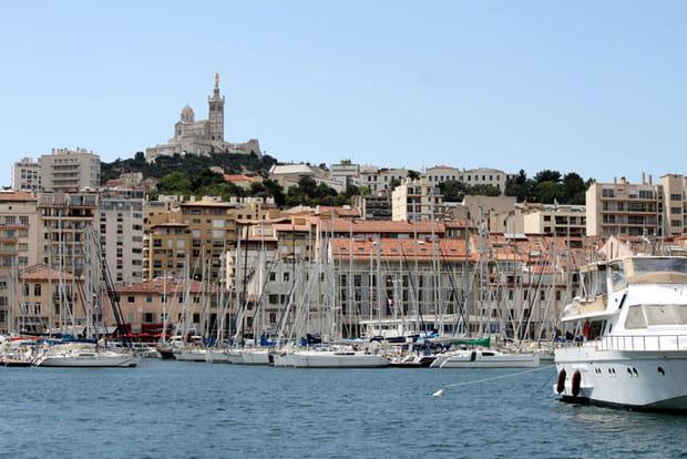 8e : Marseille (Bouches-du-Rhône), +1,2 point de hausse des impôts locaux