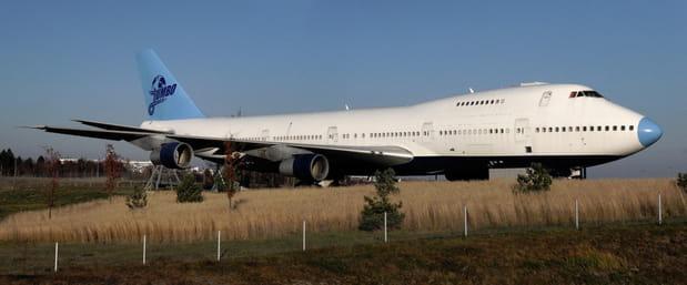 Un avion qui fait peau neuve