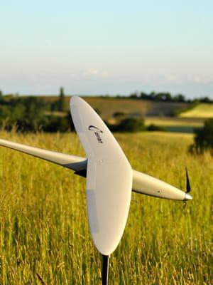 un drone civil coûte aujourd'hui entre 15000 et 150000euros.