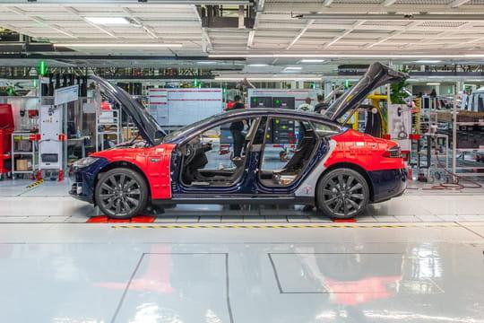 Tesla: les usines ont rogné sur la sécurité pour tenir leurs objectifs