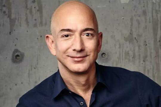 Homme le plus riche du monde: Jeff Bezos toujours n°1