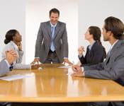 invitez-les aux réunion.