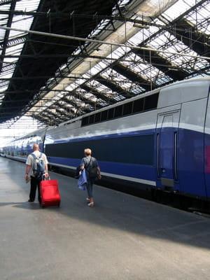 pour se rendre à bruxelles en2013, françois hollande a délaissé le tgv au