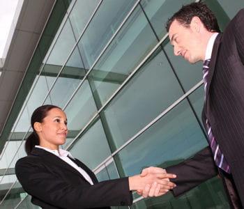les recruteurs peuvent surprendre les candidats à un poste avec des questions