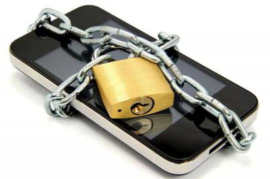 L'UE impose un chargeur universel de terminaux mobiles d'ici 3ans