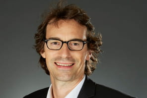 "Thibaut Gemignani (Figaro Classifieds) : ""Le nouveau Viadeo n'attaquera pas frontalement LinkedIn"""