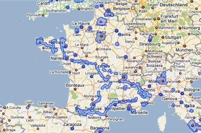les zones bleutées indiquent la couverture de google street view sur le