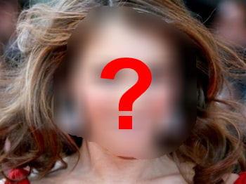 quel actrice joue les mannequins pour présenter les maillots de bain mango ?