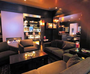 le bar lounge du victoria hall.
