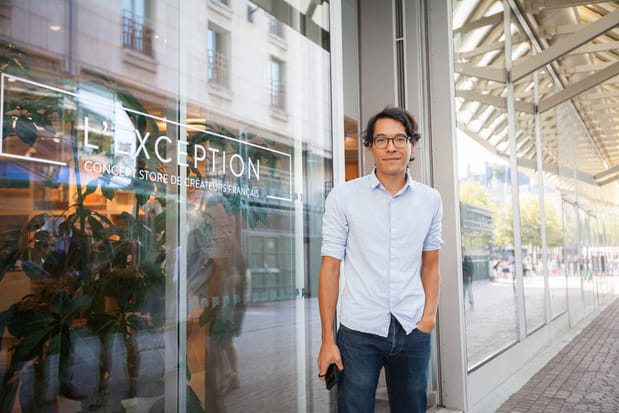 Régis Pennel devant L'Exception, le concept store qu'il a fondé