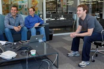 mark zuckerberg dans sa salle de réunion, au siège de facebook, dans son