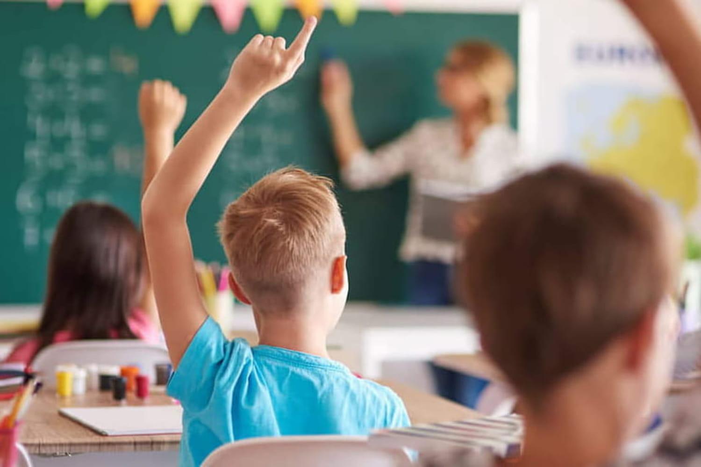 Allocation de rentrée scolaire 2021: son utilisation fait débat à l'Assemblée