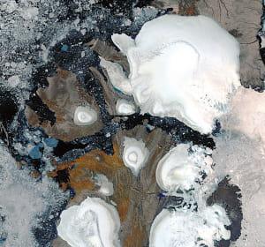 la fonte des glaces dans les îles russes arctiques.