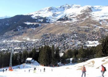 les stations de ski de moyenne montagne devront fermer par manque de neige.