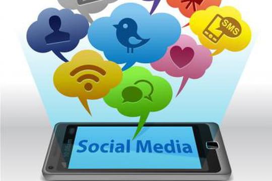 Facebook mise son avenir sur le mobile, mais pas sur un Facebook Phone