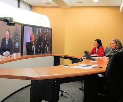 cisco organisait cette semaine une réunion en téléprésence avec des participants