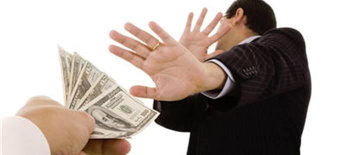 Rachat de Dell : Michael Dell s'attire les foudres du marché