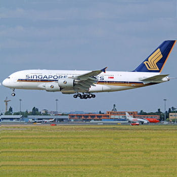l'a380 aux couleurs de singapore airlines