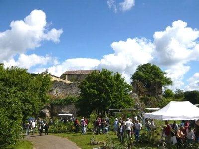 la communauté de communes de quercy bourianese situe dans la région