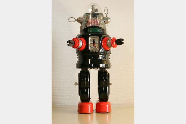 Robot-jouet japonais de 1957, à partir de 900euros