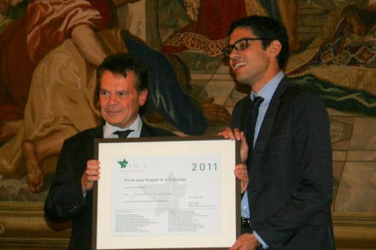 Jonathan Benhamou (Novapost), lauréat du prix du Jeune Dirigeant 2011