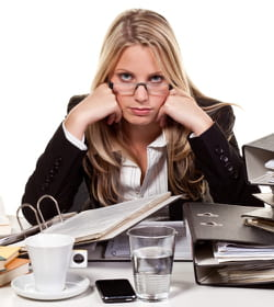 un bureau en désordre perturbe la concentration.