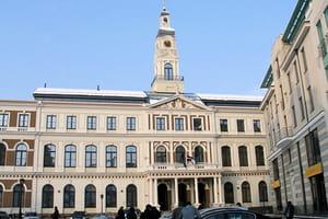 la mairie de riga, en lettonie.