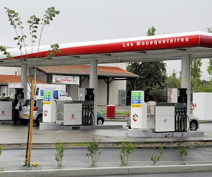 le prix du gazole dans les stations intermarché a baissé de 3,44% en 2009.