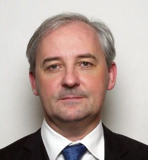 françois pérol, secrétaire général adjoint de l'elysée.