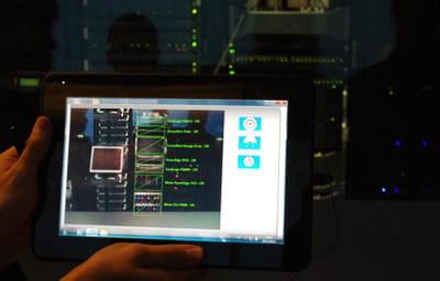 microsoft met la réalité augmentée au service de la maintenance informatique.