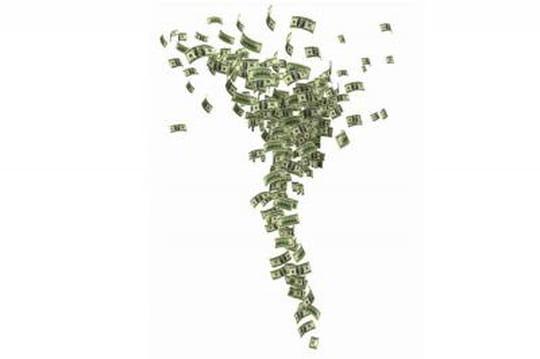 Le salaire de Steve Ballmer plonge suite aux résultats décevants de Microsoft