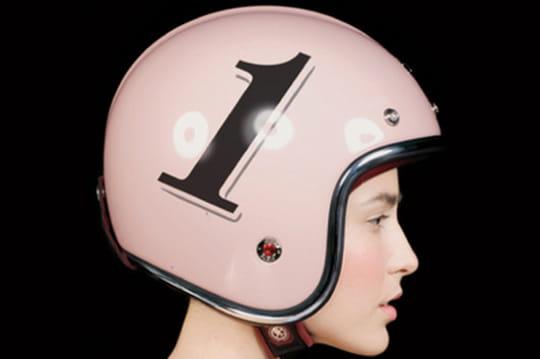 Avec Ruby, les casques de moto deviennent accessoires de luxe