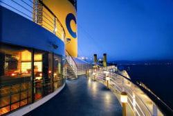en 2006, 15,5 millions de vacanciers ont embarqué sur un navire de croisière.