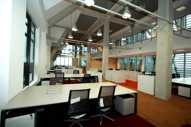 Des bureaux hauts de plafond