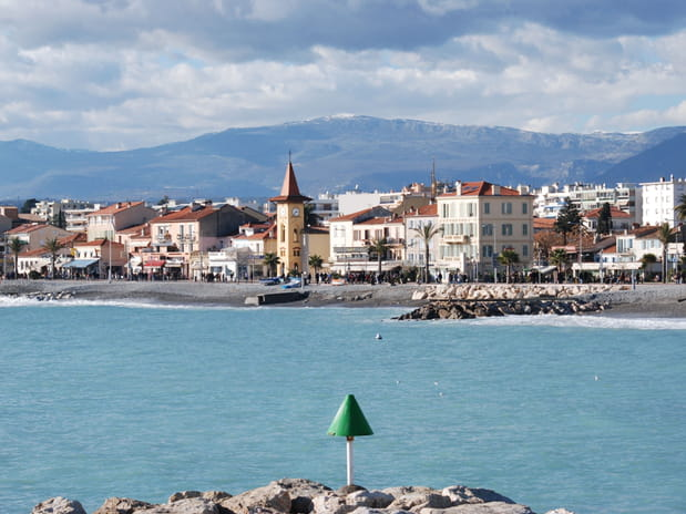25e : Cagnes-sur-Mer (Alpes-Maritimes), 3 922 euros le mètre carré