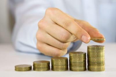 computer futures a publié une étude sur les salaires des développeurs web et de