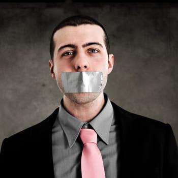 découvrez 20 phrases à ne surtout pasprononcer devant son boss.