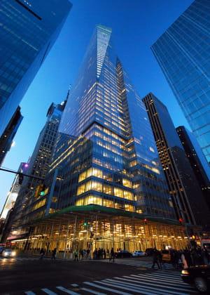 le siège de la bank of america à new york se veut un modèle d'écologie et