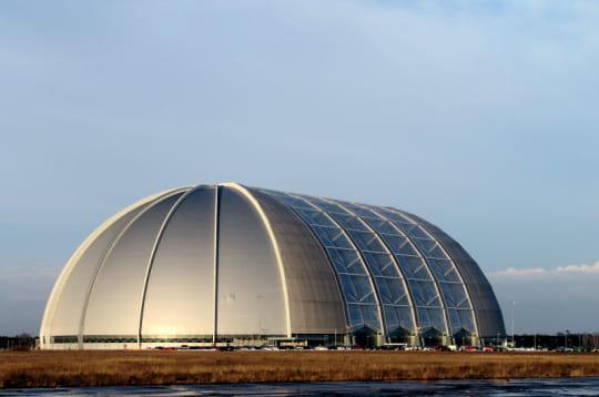 Un ancien hangar aux proportions démesurées