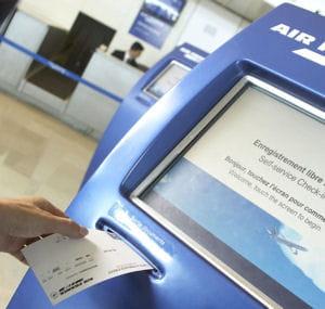la carte flying blue d'air france permet de nombreuses facilités de voyage.
