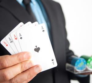découvrez les astuces des meilleurs joueurs de poker.
